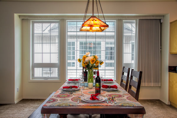 Beautiful dining room in Mission Bay